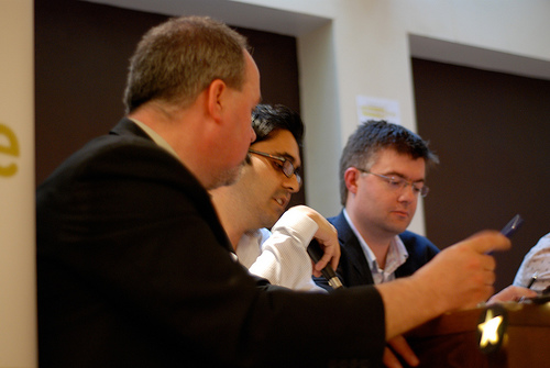 Steve Bowbrick, Umair Haque and Ewan McIntosh at Chinwag Live: Micro Media Maze May 2008